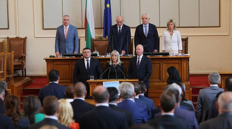 Депутатите избраха тримата нови министри в кабинета