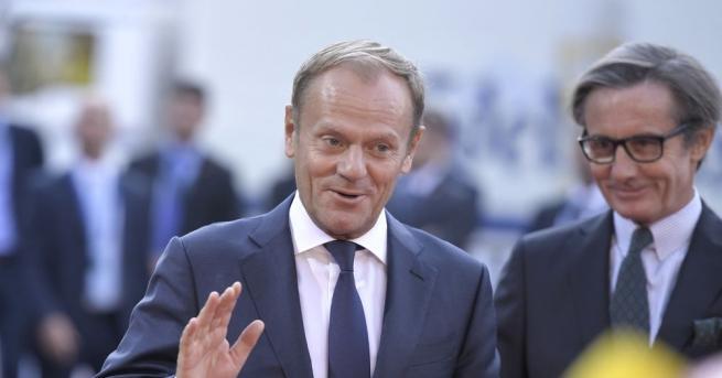 Ръководителят на Европейския съвет Доналд Туск насрочи извънредна среща на