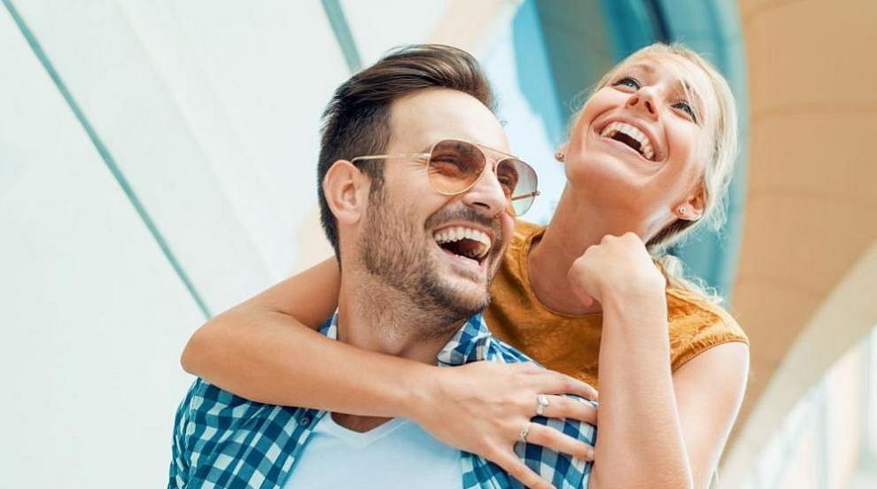 Какви мъже харесват жените според зодията си (ВИДЕО)