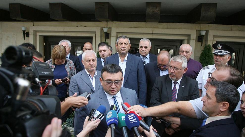 Синдикатите в МВР на първа среща с министър Маринов, откроиха проблеми