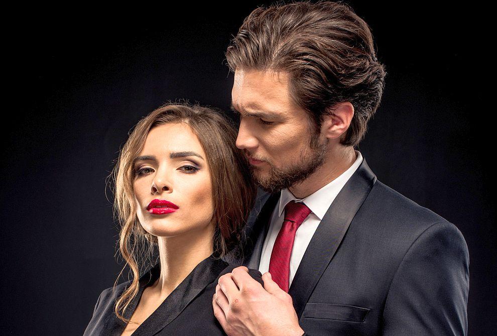 <strong>Овен</strong><br> <br> За Овена любовта е катогорски пожар. Ако този зодиакален знак е готов на приключенски подвизи в името на обекта на чувствата си, значи желанието му за истински взаимоотношения е налице.
