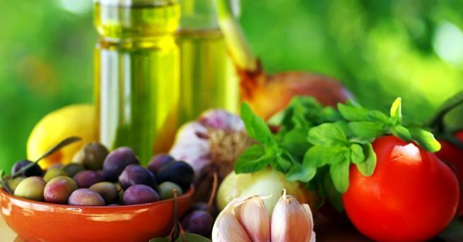 Жените, които спазват средиземноморска диета, са с 22 процента по-малък