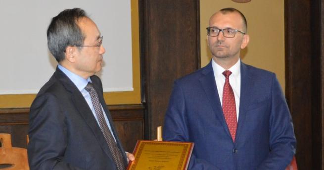 Областният управител Вълчо Чолаков и Уан Нинг, заместник-губернатор на китайската
