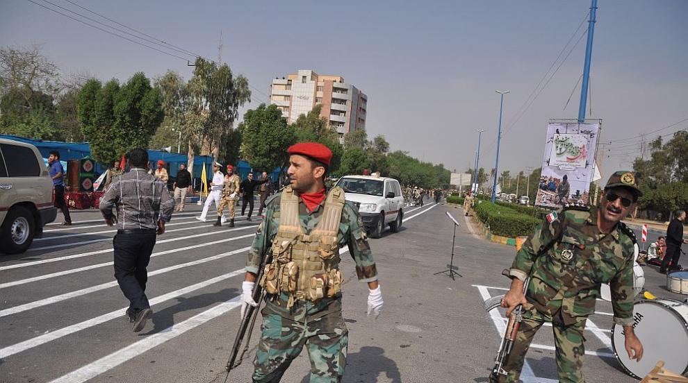 Атентат в Иран взе над 20 жертви
