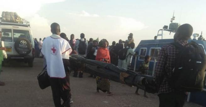 Броят на загиналите при потъването на ферибот в езерото Виктория
