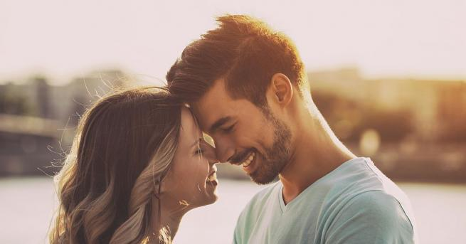 Невробиолози установиха, че хората се влюбват за една трета от