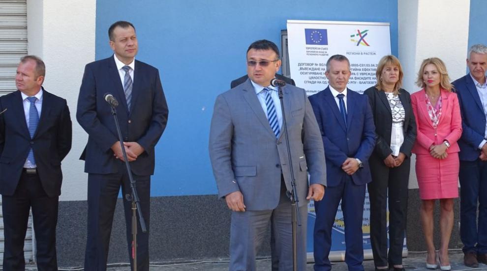 Кризата за кадри в МВР е преодоляна, твърди министър Младенов