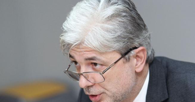 Министърът на околната среда и водите Нено Димов ще се