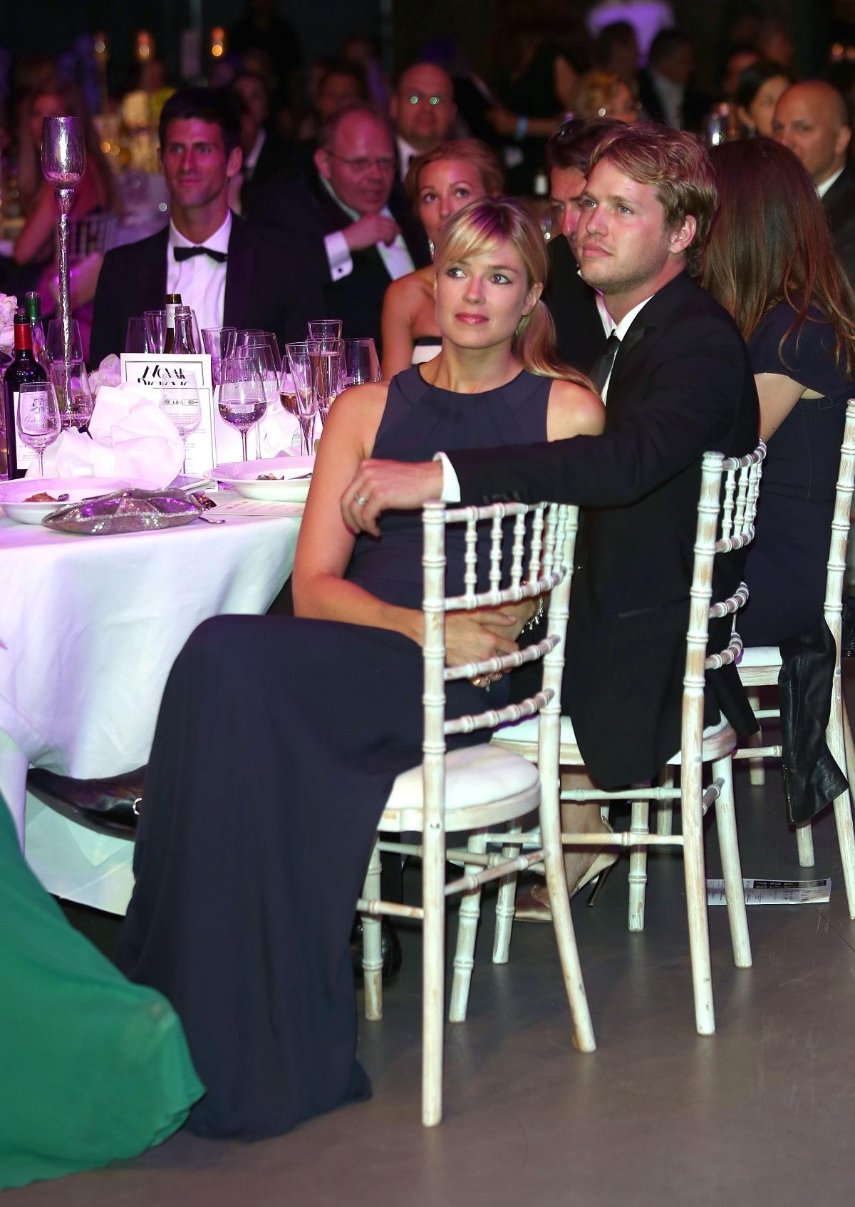 Друга красавица е привлякла вниманието на принца преди той да предложи брак на Кейт през 2010 г. Името ѝ е Изабела Калторп. Тя е дъщеря на банкрутиралата наследница Лейди Мери Гай Кързън и Джон Анструтер-Гоф-Калторп. Сестрата на Изабела е актрисата Кресида Калтроп, която беше гадже на принц Хари от 2012 до 2014 г.