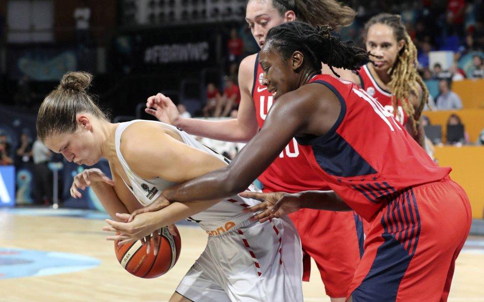 САЩ и Австралия ще спорят за златото в женския баскетбол