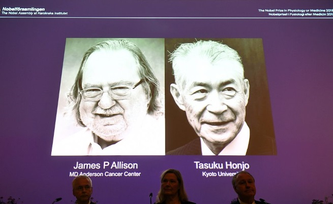 Учени с Нобелова награда за нов метод за лечение на рака