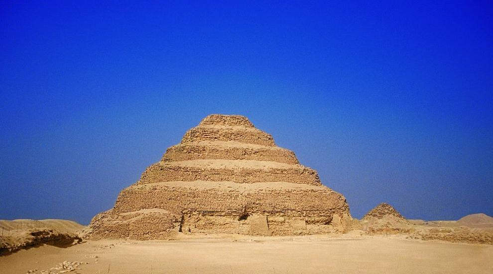 Откриха гробница на 4400 години в Египет (СНИМКИ)