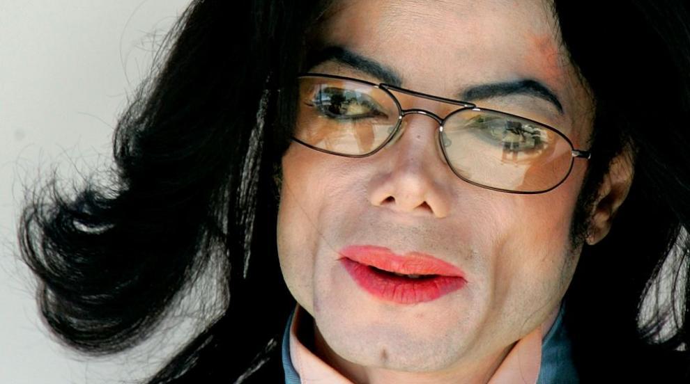 Скандален филм обвинява Майкъл Джексън в педофилия