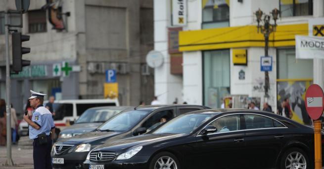 Българи масово остават без шофьорските си книжки в Румъния заради