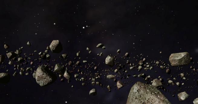 Няколко неголеми фрагмента от метеорит са паднали върху частна жилищна