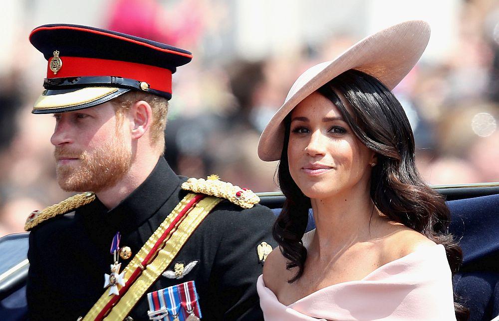 Представяме ви 12 звездни двойки, в които дамата е по-възрастна от своята половинка. На снимката: британският принц Хари и съпругата му Меган