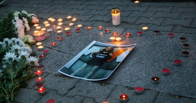 Хиляди русенци се включиха в бдение в памет на жестоко