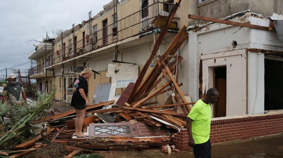 Ураганът Майкъл взе жертва във Флорида. Отслабна до буря