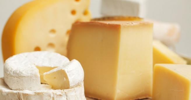 Британски учени установиха, че хората, които ядат пълномаслени млечнипродукти, като