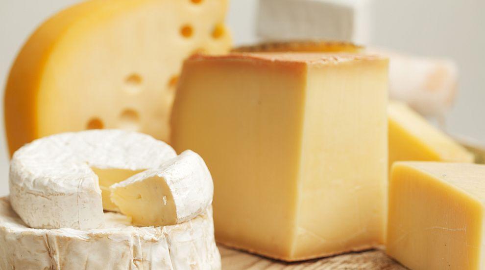 БАБХ проверява сиренето и кашкавала в търговските...