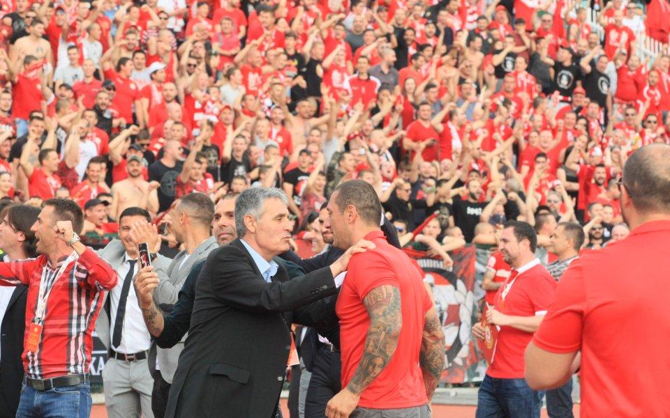 Лидерът на феновете на ЦСКА - Иван Велчев, написа пост