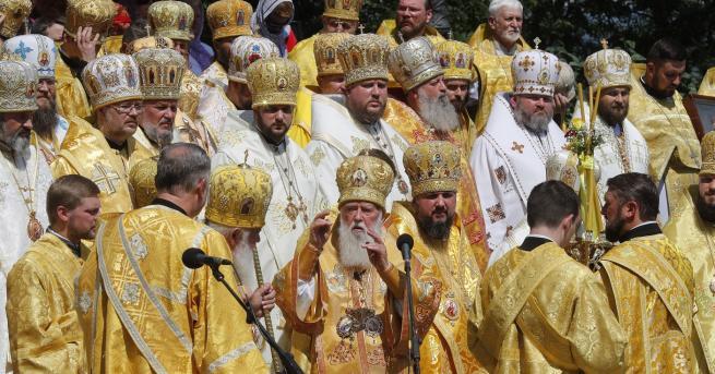 """""""Слава наУкрайна!"""", """"Слава на Исус!"""" - в социалните мрежи или"""