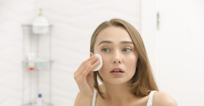 Не е тайна, че козметичните продукти съдържат и не до