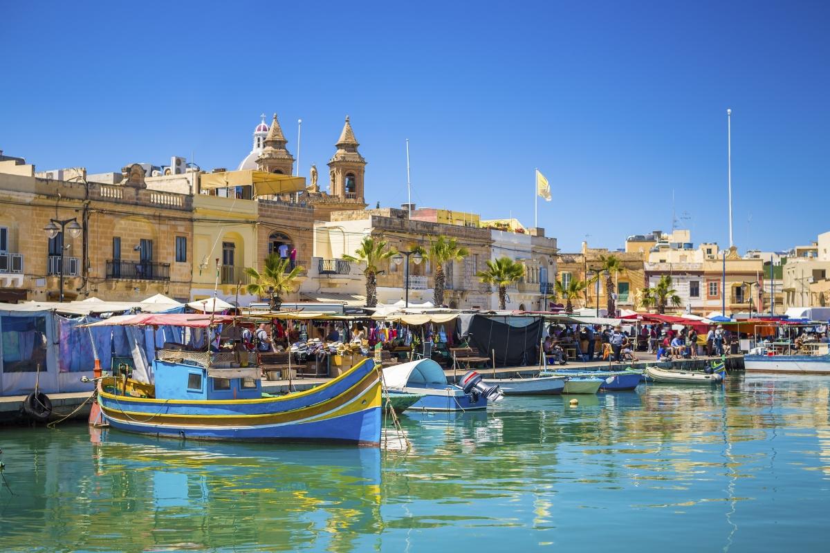 Малта - ЛаВалета - население едва 7 000 души.