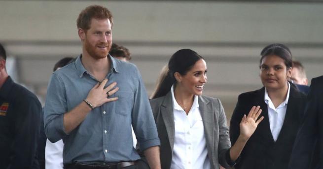Петгодишно момченце дръпна силно червената брада на принц Хари и