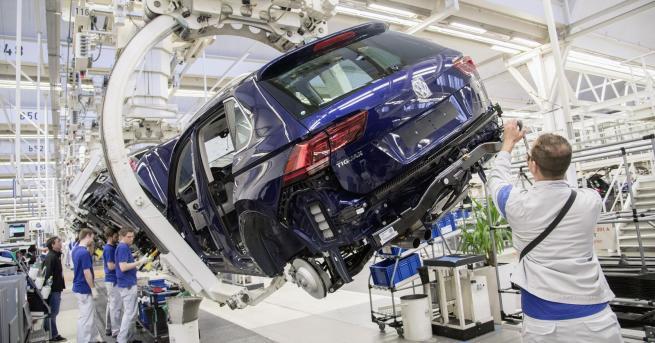 """""""Дизелгейт"""" и последиците за Volkswagen нямат край. Лъжливият софтуер, мамещ"""