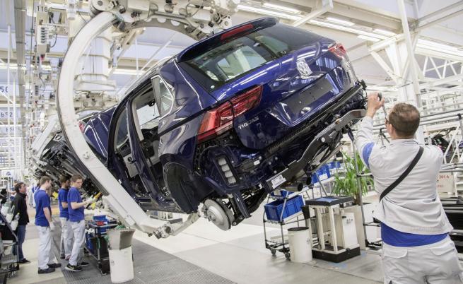 """Глобите за Volkswagen след """"Дизелгейт"""" достигнаха $33 млрд."""