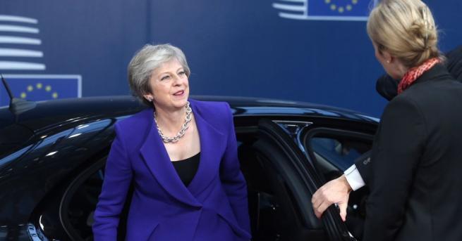 Британската министър-председателка Тереза Мей даде знак, че ще обмисли удължаване