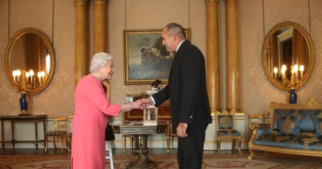 Румен Радев при кралица Елизабет II Президентът на България Румен