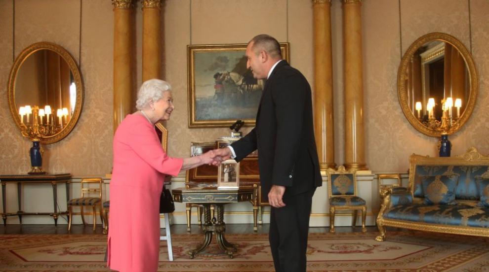 Радев: Аудиенцията при кралицата не ражда новини, тя е новина (СНИМКИ/ВИДЕО)