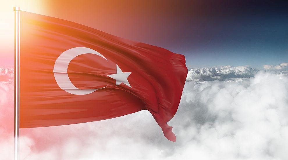 Турски самолети нарушиха гръцкото въздушно пространство