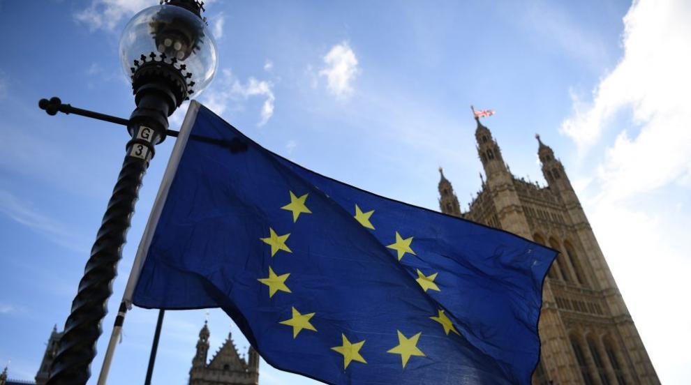 Оставки в британското правителство заради Брекзит