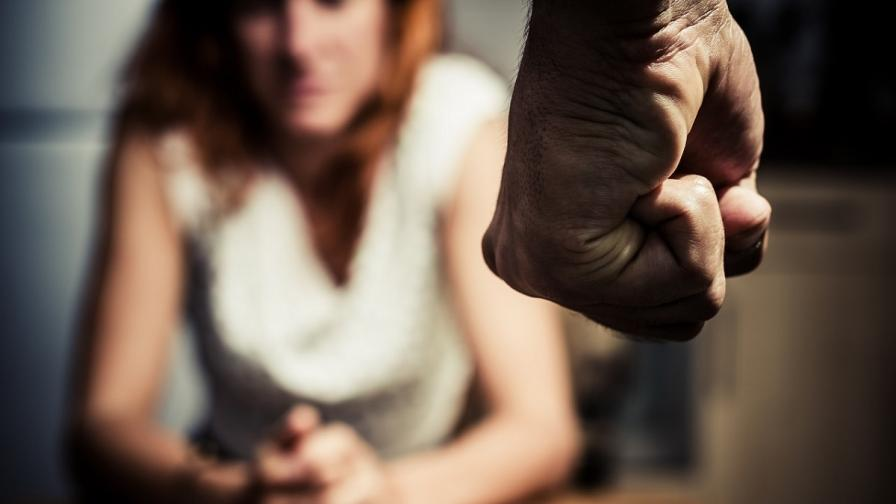 <p>Обвинение и арест за мъжа, нападнал адвокатка&nbsp;</p>