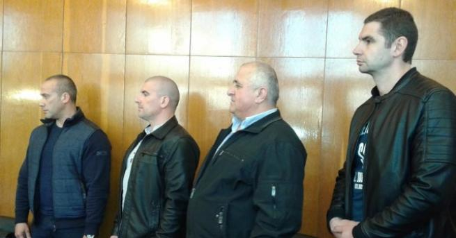 Чрез генералното консулство на България в Одрин са изпратени запитвания