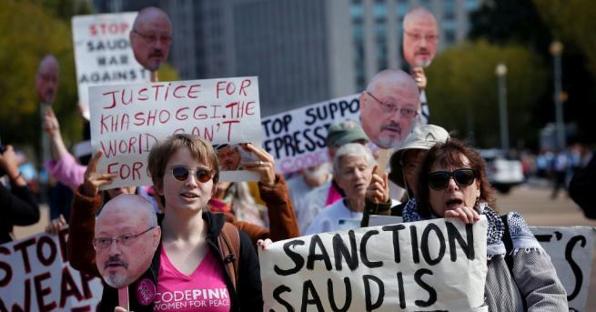 Саудитска Арабия уволни двама основни сътрудници на престолонаследника принц Мохамед