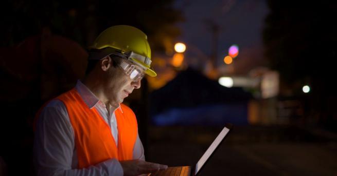 """КТ """"Подкрепа"""" иска увеличаване на заплащането за нощен труд Часовата"""