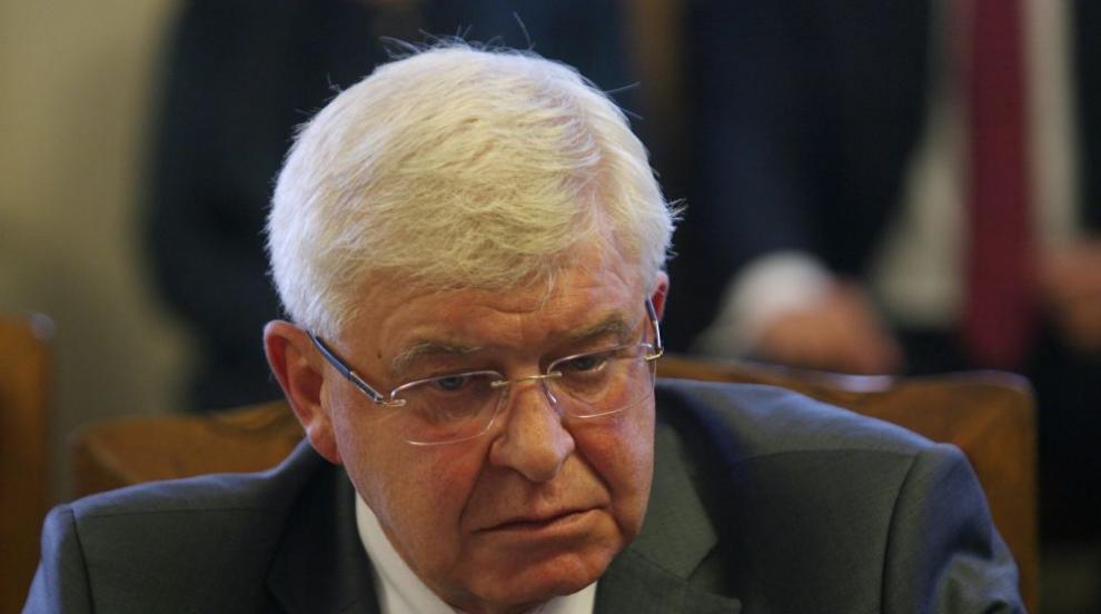 Закриването на Фонда за деца ще повиши нивото на работа, твърди Кирил...