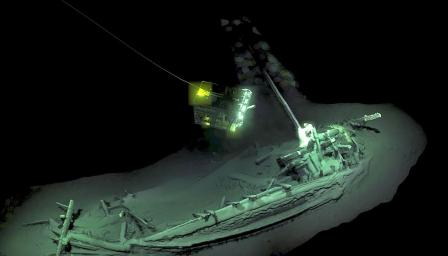 Откриха най-древния непокътнат кораб в света на дъното на Черно море (СНИ ...