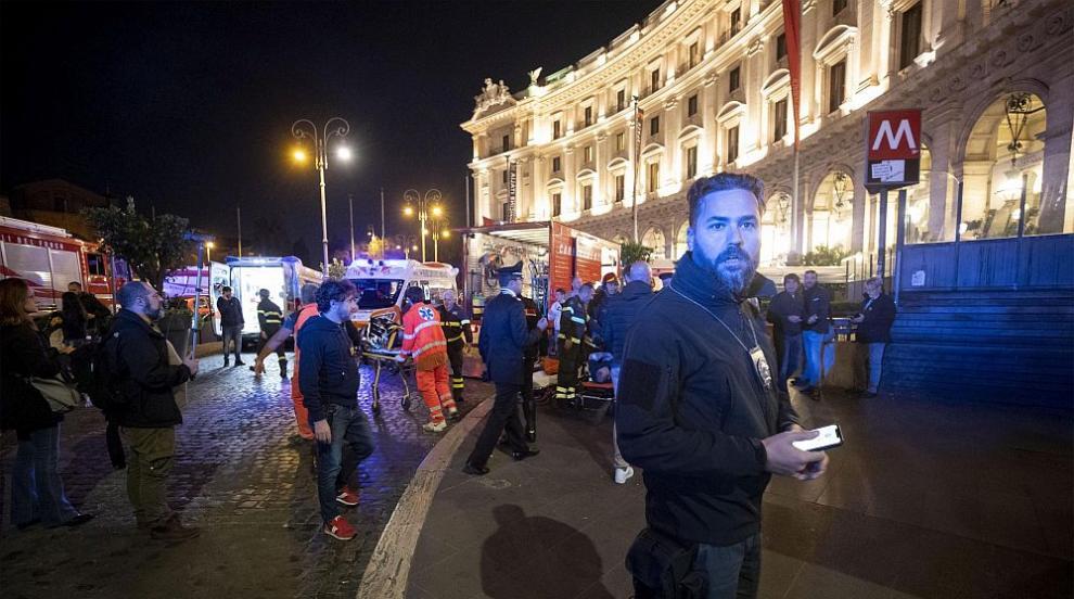 Над 20 души са в болница след инцидента с ескалатор в метрото на Рим (ВИДЕО)