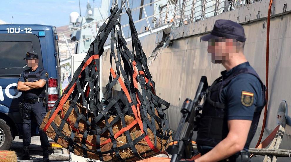 Испанската полиция залови 1400 кг кокаин и арестува 10 души, сред тях и...