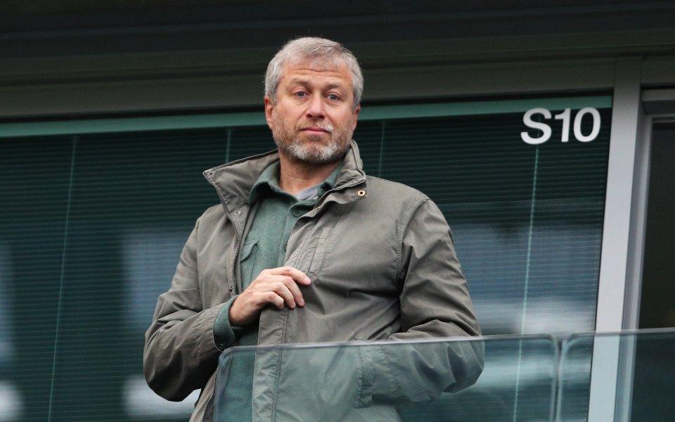 Собственикът на Челси Роман Абрамович не възнамерява да продава своя