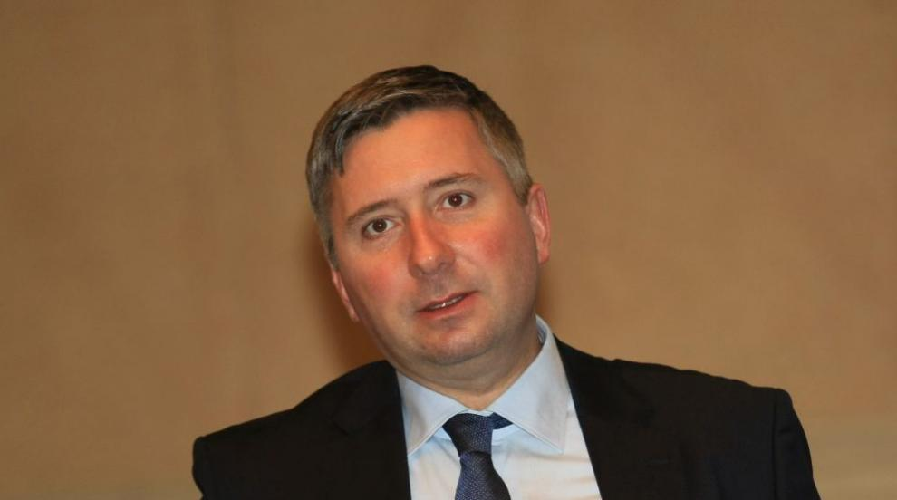 Прокопиев вече не е консул на Канада, но го наследи секретарката му