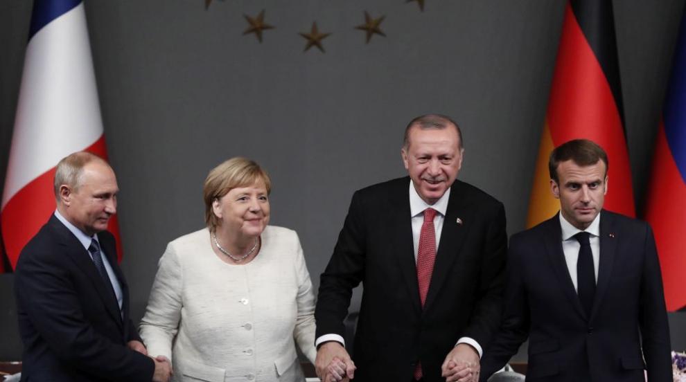 Връщане на Русия в Г-8 ще е сигнал за слабост на Запада (ОБЗОР)