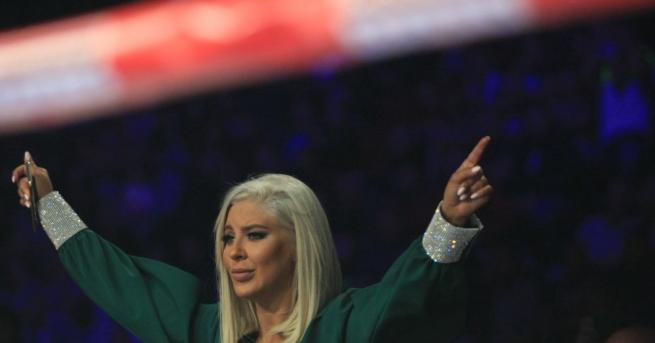 Фолк певицата Андреа обяви раздялата си с Кубрат Пулев. Изпълнителката