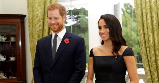 Принц Хари и Меган Маркъл заведоха сина си Арчи на