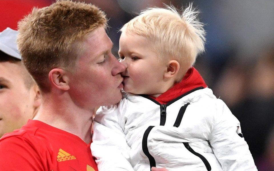 Защо Рома поздрави Де Брюин за дъщеричката му?